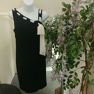 Evan-Picone Crepe Sheath Dress